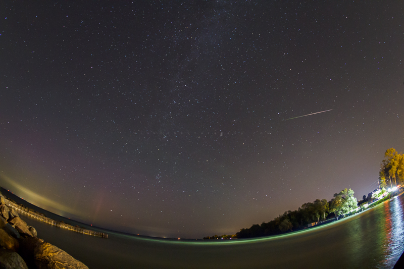 Aurora Perseids and the Milky Way